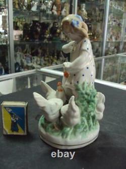 Girl with Chickens Birds Poultry Dulevo 1956 USSR Porcelain Figurine 3401u