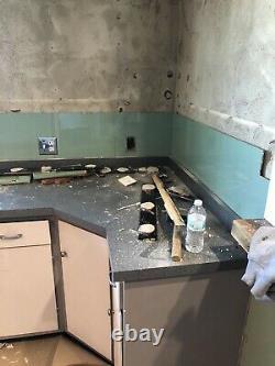 Used Vintage 1950s Mint Jade Green Jadeite Bathroom Glass Wall Tile Vitrolite