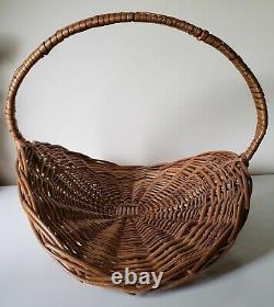 VTG Large Wicker Woven Wood Flower Herb Garden Gathering Basket 16 x 19 x 14